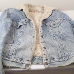 Vintage Levis Faux Fur Lined Denim Jacket 42
